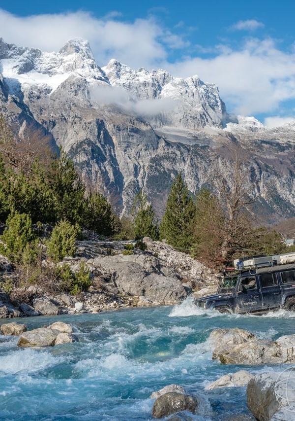 01_RiverCrossing_Albania