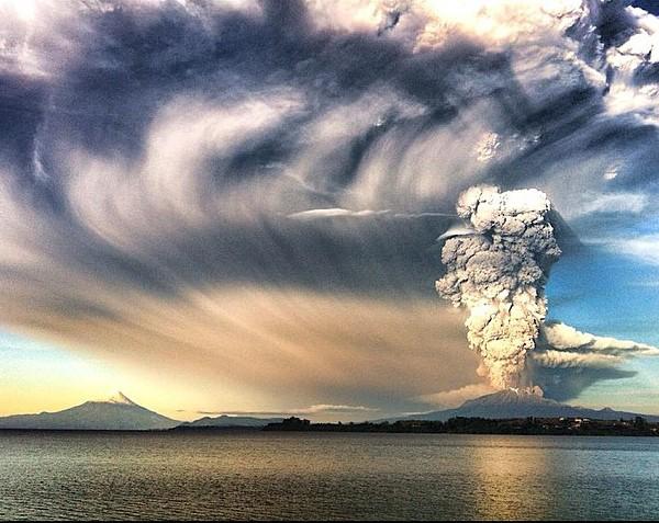 09a_Volcano_Face