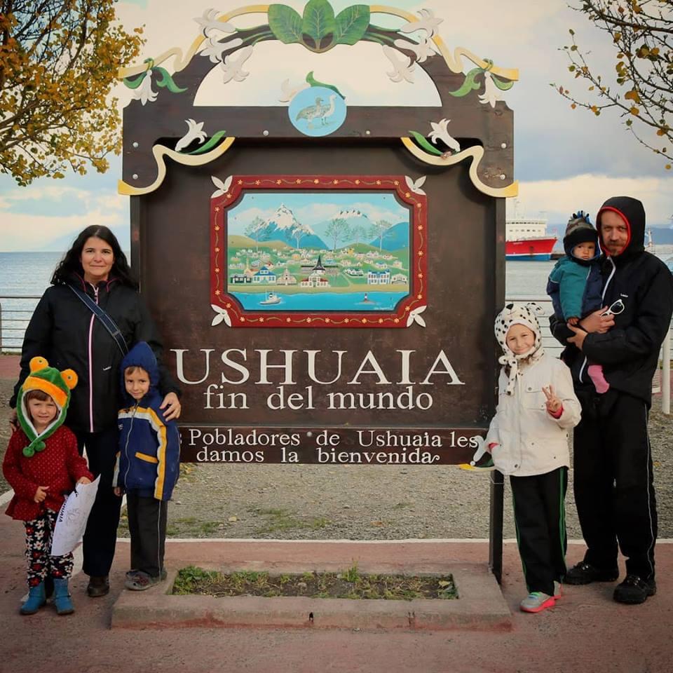 018_6_overlanders_ushuaia