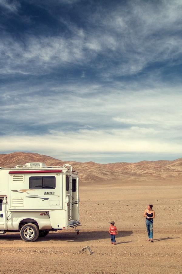 Parada para almoçar no meio do deserto a caminho de San Pedro de Atacama, Chile